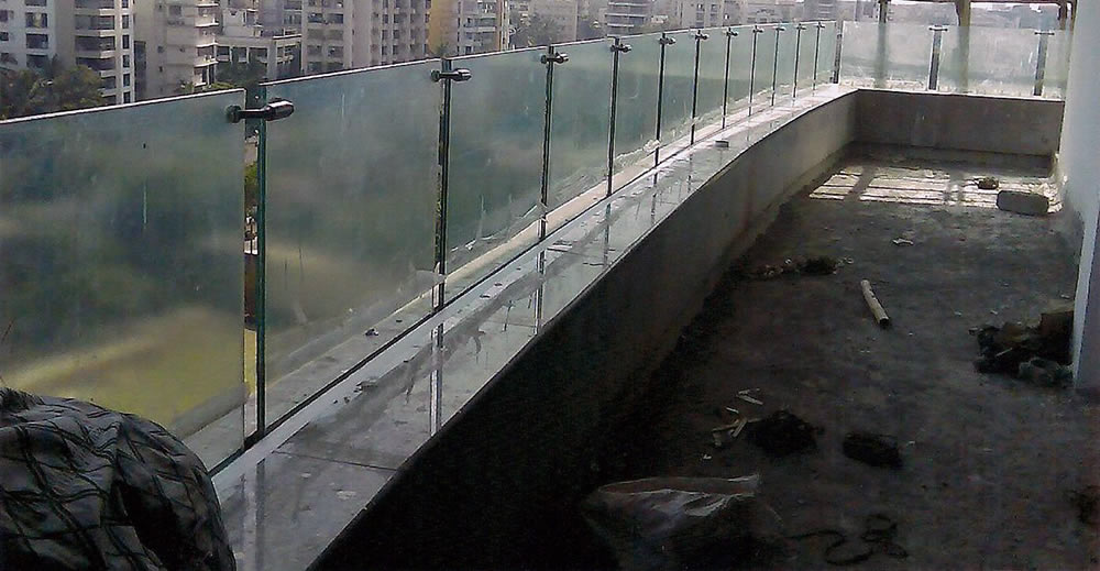 Structural Glass Railings - Ruby Steel